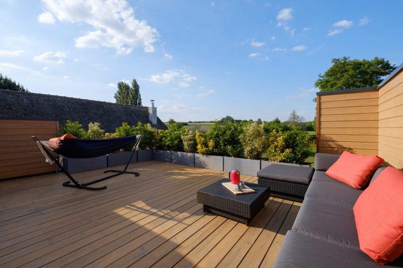 oursonniere de bleau loft terrasse salon de jardin et hamac